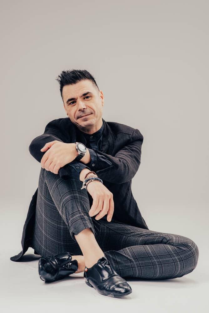 Alex Alberola - Let's Dance Bachata